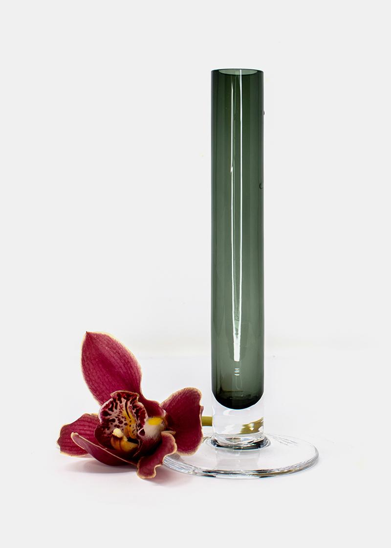 Glasvase transparent grau für Einzelblumen_1